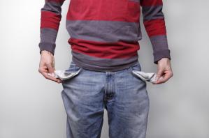Mann mit leeren Taschen - Privatinsolvenz
