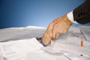 Schuldnerberatung zieht Schuldner aus der Schuldenspirale